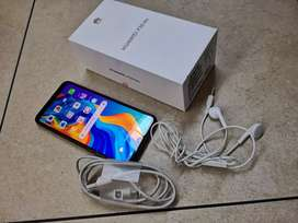 Am selling my  huawei  p30 lite