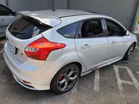 2014 ford focus ST 2.0T manual