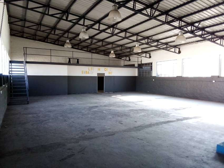 Well-placed workshop in Germiston 0