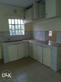 Three bedrooms ensuit in own compound to let 0