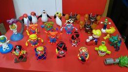 14 SZTUK Zabawki Figurki z McDonald's , Minionki Pingwiny Kosmici Dom