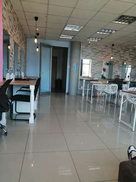 Rent a chair in a salon in Rivonia- Sandton