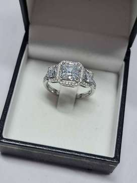 Brand New Tri Stone Sterling Silver Ring