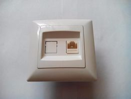 Мережева розетка Gunsan Moderna (біла)