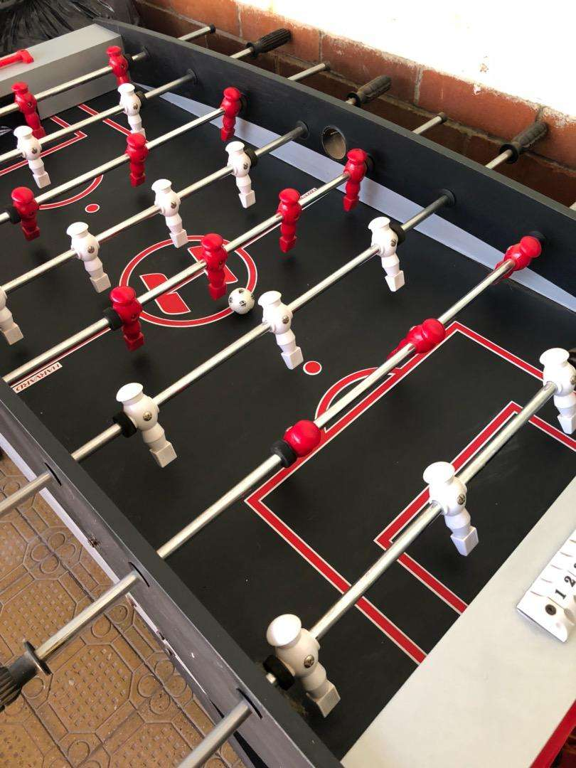Foosball soccer table 0