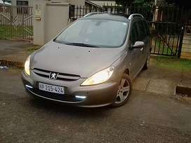 2005 Peugeot 307sw stripping for spares