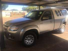 Selling my Mazda bt 50 still in cood condition drives very smooth