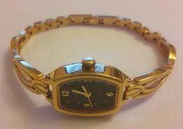 Женские часы ZARYA 1509В