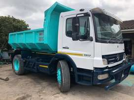 Mercedes 1517 atego tipper