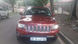 2014 Jeep Compass limited At 2.0