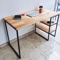Письмовий стіл із натурального дерева в стилі лофт