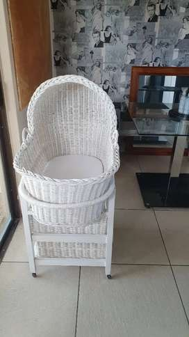 Mobile Moses Basket