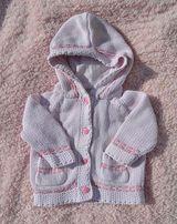 cieplutki sweterek dla dziewczynki r. 62 z kapturkiem, sweter stan BDB