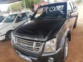I'm selling GWM Steed Bakkie