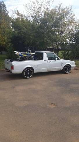 VW caddy bakkie 2L 8Velv with the following