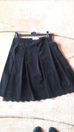 Czarna spódnica Tatuum