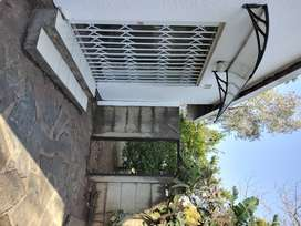 1bed Cottage in Fontainebleau R5800
