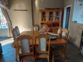8 seather dinning table