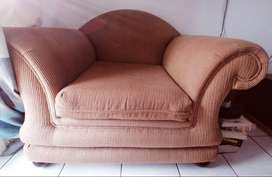 5 SEATER, Coricraft couches for sale