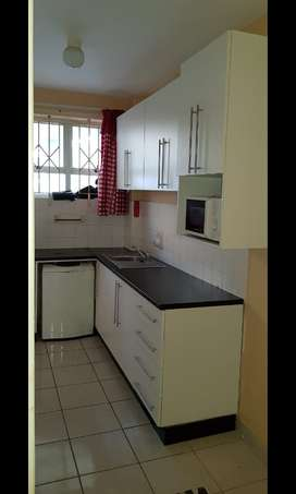 2 bedroom apartment to rent Amanzimtoti
