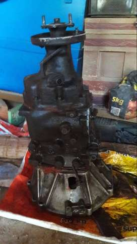 Gearbox of Nissan Cabstar FD35