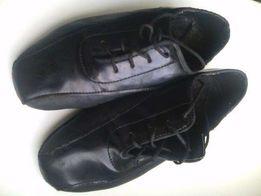 Туфли для танцев с лакированными вставками (20,5 см)