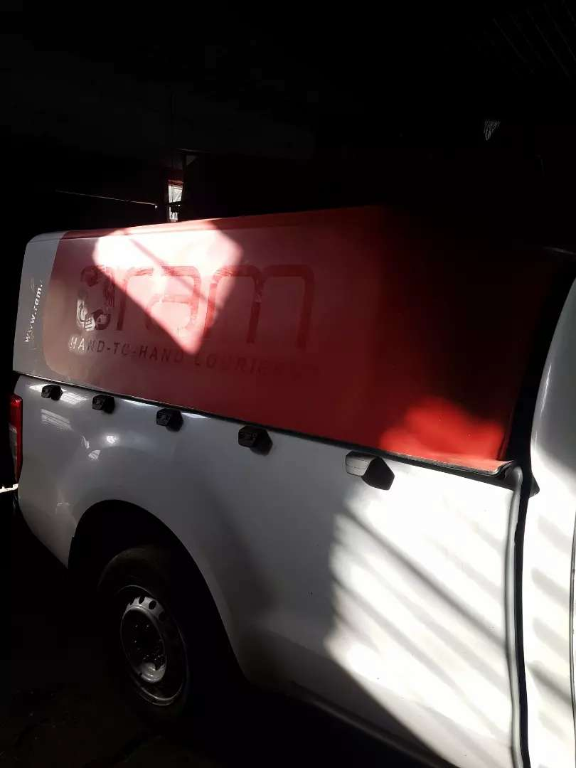 Ford Ranger courier canopy 0