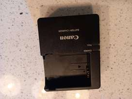 Canon Camera Battery Charger New