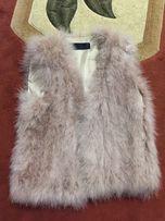 Жилетка Zara натуральный пух лебедя , меховая жилетка