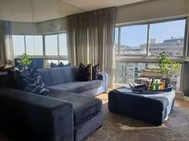 contents of luxury 1 Bedroom Apartment in Sea Point Cape Town