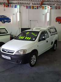 Image of 2011 Chevrolet Corsa Utility 1.4 with Canopy