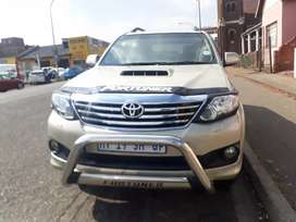Toyota Fortuner 3.0 R 215000 Negotiable
