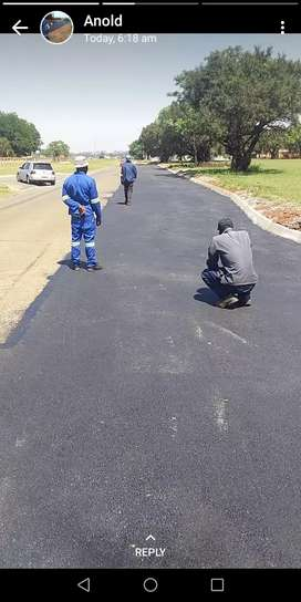 Tar driveways and paving bricks any types with affordable prices and