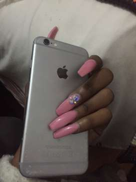 Its an iphone 6s its been used for 6 months
