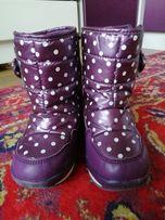 Зимовi сапоги на модницю