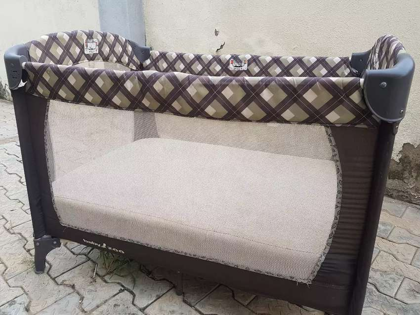 Gracco Baby cot for sale 0