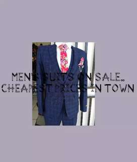 MEN'S SUITS AND FORMAL WEAR