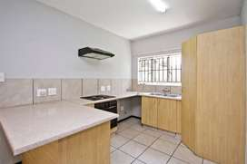 2 Bedroom 2Bath Apartment / Flat for Sale in Willowbrook, Ruimsig