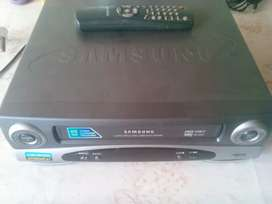 Samsung Vhs Player / Need attention