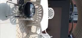 5 piece garden furniture and kettle braai for sale