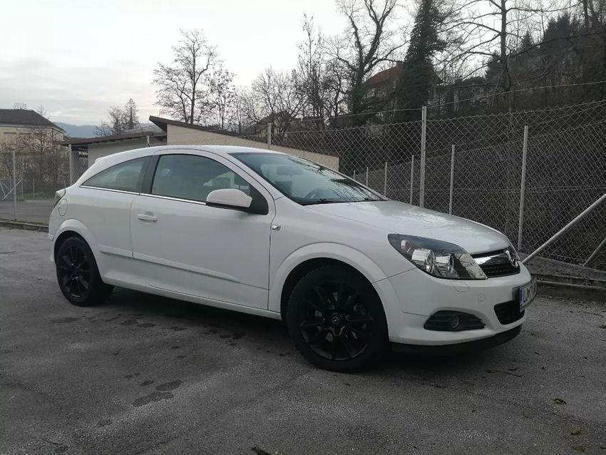 Opel astra avto 0