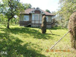 Продається будинок із земельною ділянкою поблизу м.Трускавець