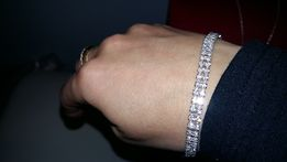 Biżuteria kolczyki naszyjniki komplety bransoletki