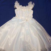 Новое белое платье на 4-6 лет 116 рост нарядное на праздник