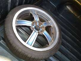 17inch mags with tyres (4rims with 3tyred)