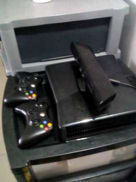 Hi I am selling a Xbox 360 with the two controllers and kinect  camera