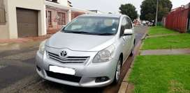 Toyota Corolla Verso (Mint condition)
