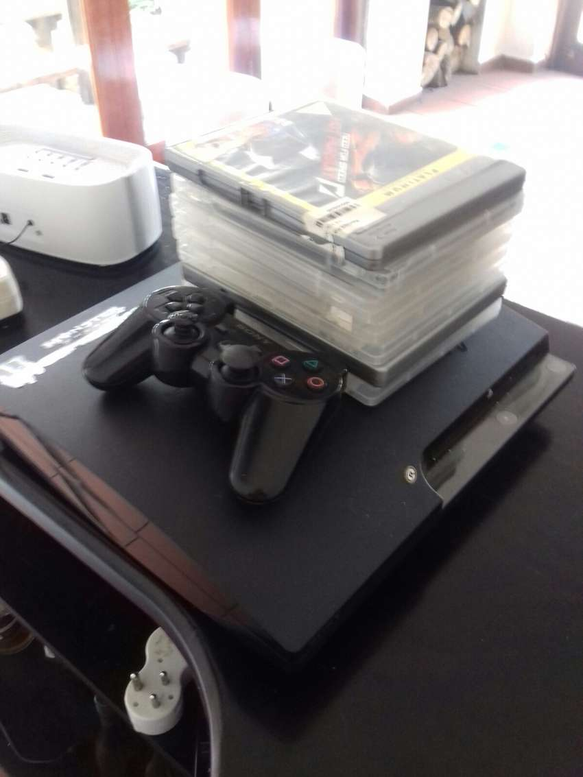 PlayStation 3 for sale controller and 7 games for R2100 negotiable 0