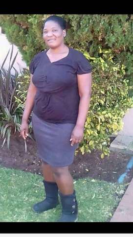 Mature and highly exp maid,nanny from Zim needs live in or live out
