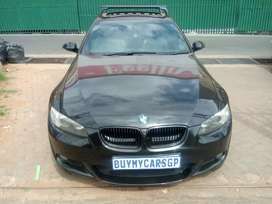 BMW 3 Series Cuppe 325i Year Model: 2009